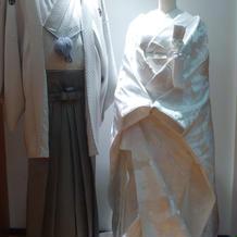 紋付き袴、白無垢