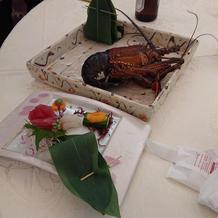 伊勢海老の刺身と刺身の盛り合わせ
