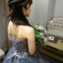 お色直しのドレス検討3