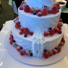ケーキ入刀後