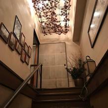 二階から三階へ