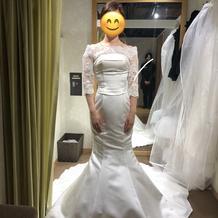 プラン内マーメイドドレスと有料ボレロ