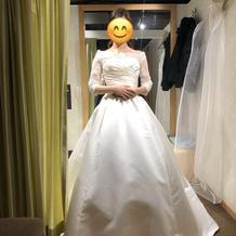 プラン内プリンセスドレスと有料ボレロ