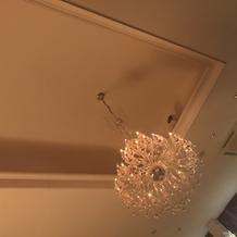 天井のシャンデン