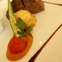 メインの肉料理