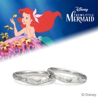 A mermaid in love