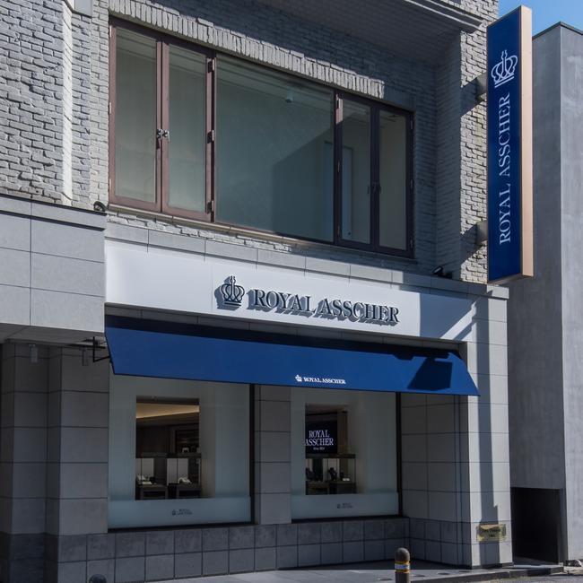 ロイヤル・アッシャー・ダイヤモンド 福岡天神店