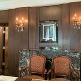一階の小さめの個室