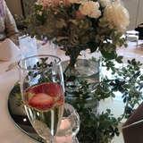 シャンパンにイチゴを入れる提案を貰った