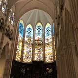大聖堂正面ステンドグラス