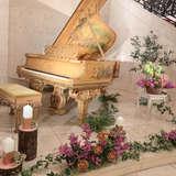 ピアノの周りのお花も素敵でした