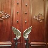 扉から天使です