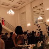 披露宴会場の階段はシンプルで素敵でした