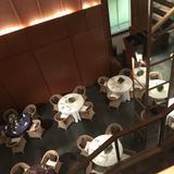 2階から披露宴会場を見下ろす