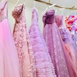 ピンク系の衣装