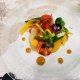 オマール海老と色彩野菜のキャビア添え