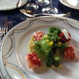 前菜のオマール海老のサラダ
