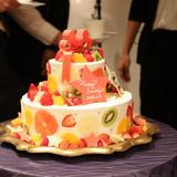 絵が忠実に再現されたケーキ