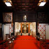 式中の室内の様子