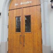 チャペルのドアです。