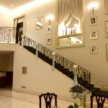階段入場ができる