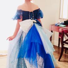 自作のドレスで