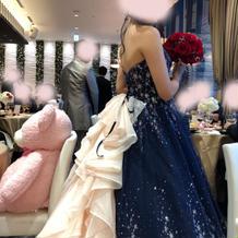カラードレス後ろ