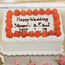 シンプルで可愛い生ケーキです。
