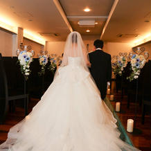 白ドレス(父と)