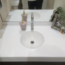 お手洗いの洗面台