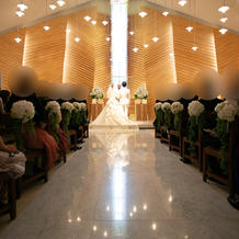 プロカメラマンの結婚式 大理石の反射綺麗