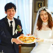2人で焼いたピザを皆様にご提供しました