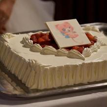 プランナーさんの協力でキャラケーキに
