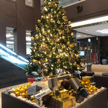 ロビー クリスマスツリー