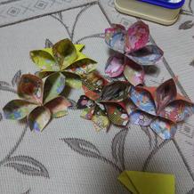 折り鶴シャワーの代わりに折り紙で桜を作成