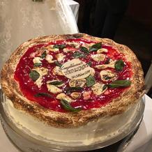マルゲリータ風のウェディングケーキ