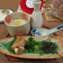 ボリュームと美味しさ抜群の鯛茶漬け