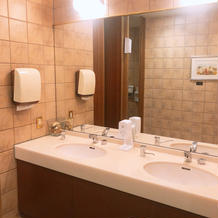 トイレ 清潔感あり広い