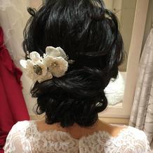 アネモネの髪飾り