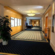 披露宴会場の廊下1