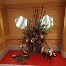 神殿の入り口手前