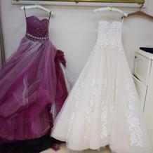 カラードレスとウェディングドレス