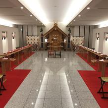 ホテル内神殿
