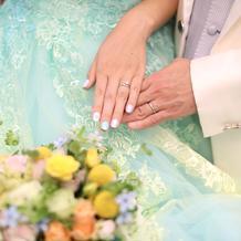 カラードレス用のブーケ