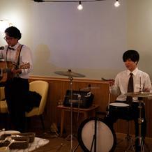 友人のバンド演出