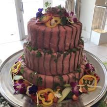 こだわりのローストビーフケーキ
