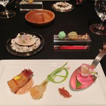 前菜、見た目も綺麗で和のテーストも。