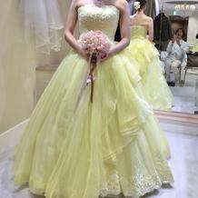 本番のカラードレス