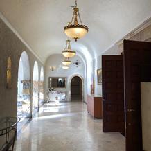 入口からの廊下