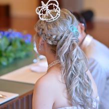 披露宴髪飾り